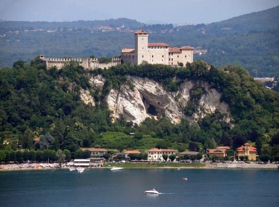 Rocca di Angera: een prachtig bewaarde middeleeuwse vesting