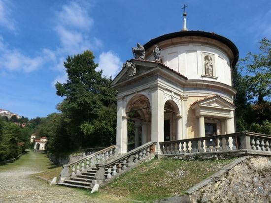 Lagomaggiore_Varese_Sacro_Monte-Chapel-7.jpg