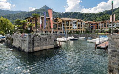 De mooie baai van Cannero Riviera