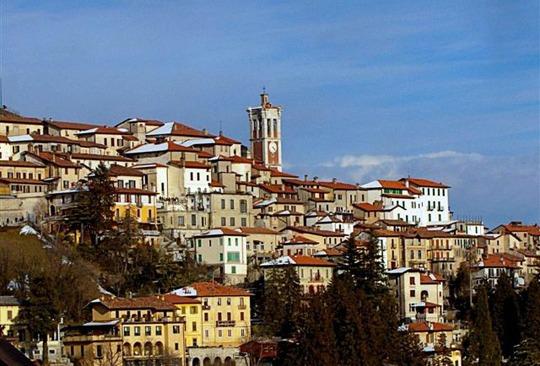 Varese, een groene stad aan een eigen meer