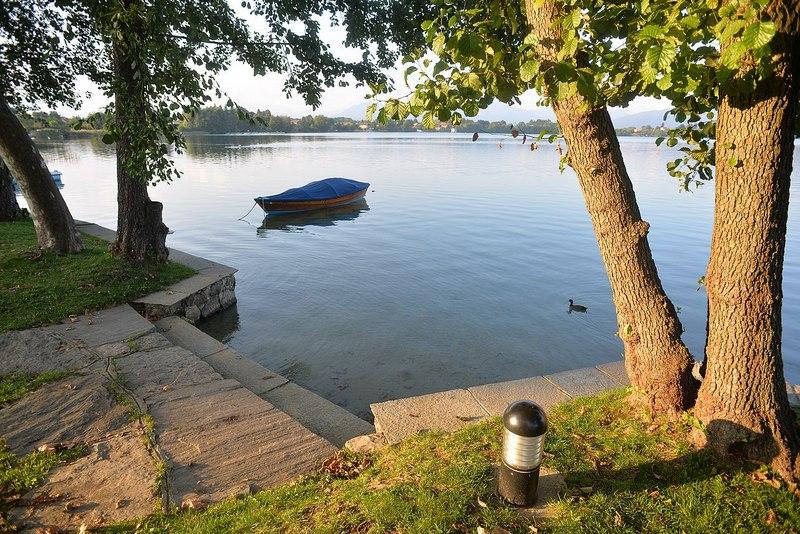 Lagomaggiore_natuur-Lago-di-Monate-k.jpg