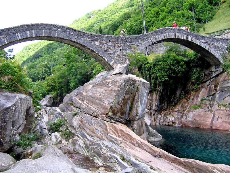 Lagomaggiore_natuur-Val-Verzascag.jpg