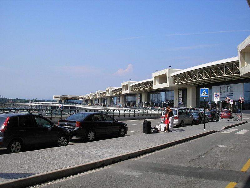 Met het vliegtuig naar Lago Maggiore
