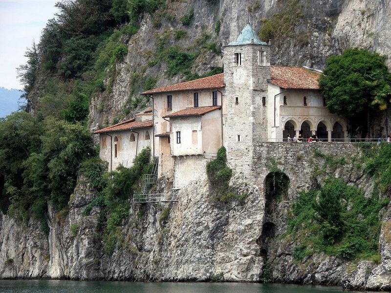 Lagomaggiore_Santa_Catarina_(6).jpg