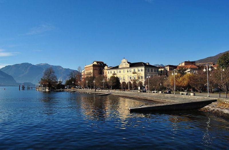 Lagomaggiore_steden-Verbania--tuin-g.jpg