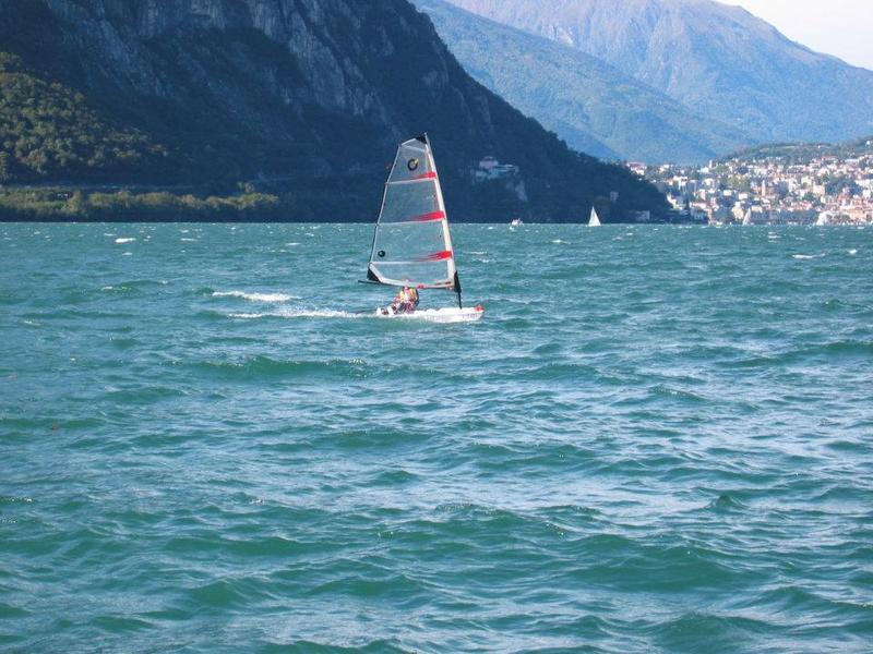 Lagomaggiore_surfen_lago_maggiore_1c.jpg